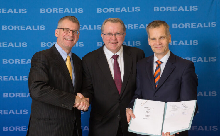 Mark Garrett, Borealis CEO, Eldar Sætre, Executive Vice President Statoil; Markku Korvenranta, Executive Vice President Base Chemicals, Borealis.