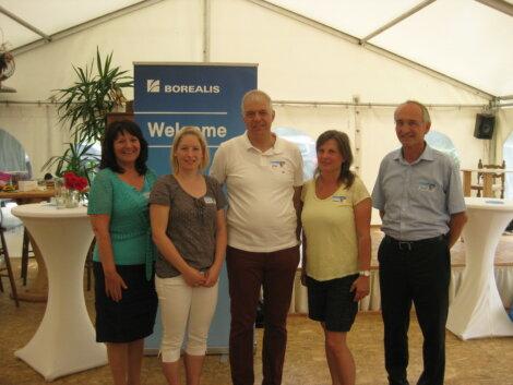 Gerda Winkler (BRK), Heidi Prinz (BRK), Jürgen Mader (Borealis), Claudia Erkelenz (BRK), Josef Jung, Direktor des BRK