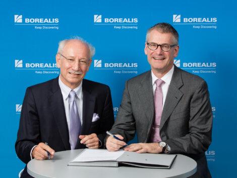 Prof. Bernd Marin, Rektor der Webster Vienna Private University, und Mark Garrett, Borealis Vorstandsvorsitzender.