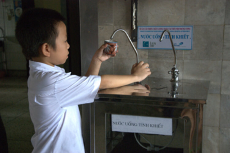 Photo: Water for the World project in Thach Ha