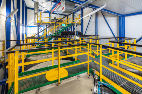 photo: Interior view of the filter system with the two filter stages at the Borealis location in Schwechat, Austria