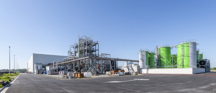 Photo: Chemically recycled feedstock supplied by Renasci will be used by Borealis to manufacture Borcycle™ C circular polyolefins and circular base chemicals at multiple locations
