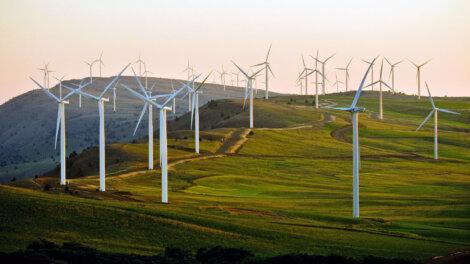 Foto: Die Vereinbarung stellt für Borealis und Axpo einen bedeutenden Schritt in Richtung Energiewende dar.