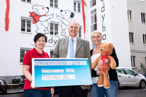 Borealis Spendet Für Teddyhaus Linz Bild © Borealis